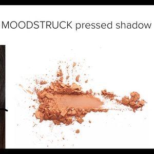 New nib younique presses shadow pumpkin witty
